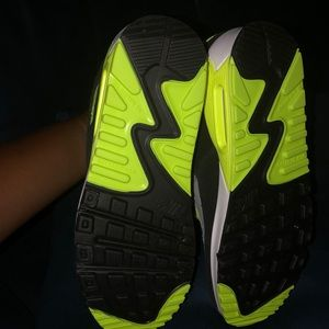 Nike Shoes - Brand new Nike Air  Max 90 size youth 7/women's 9